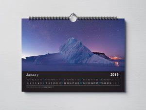 Kalender dinding promosi perusahaan